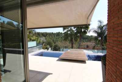 Villa with a swimming pool, sauna and jacuzzi not far from Barcelona